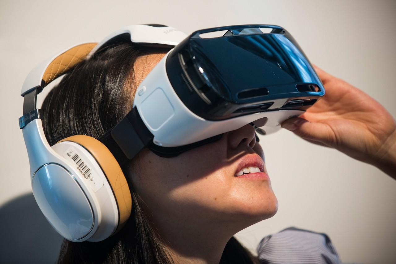 Очки виртуальной реальности новости dji phantom 3 габариты
