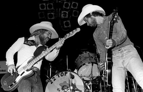 ZZ Top - Sharp Dressed Man - Live In Texas (�����)