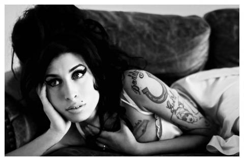 "Amy Winehouse ""Rehab"""