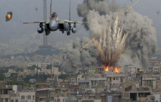 WP: США рассматривают возможность нанесения военного удара посилам Асада вСирии
