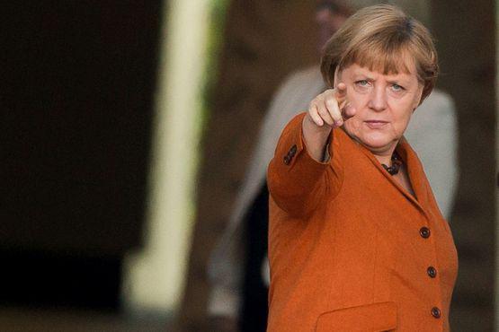 Меркель сообщила онеобходимости ускорить процедуру высылки мигрантов