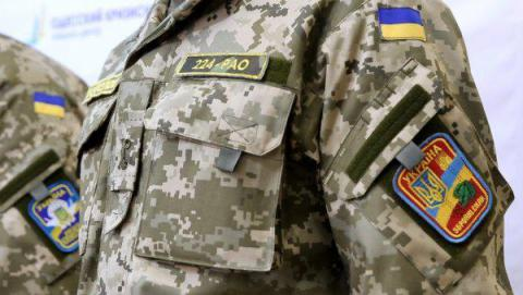 Армия и полиция в кривом зеркале СМИ: проблемы и пути решения