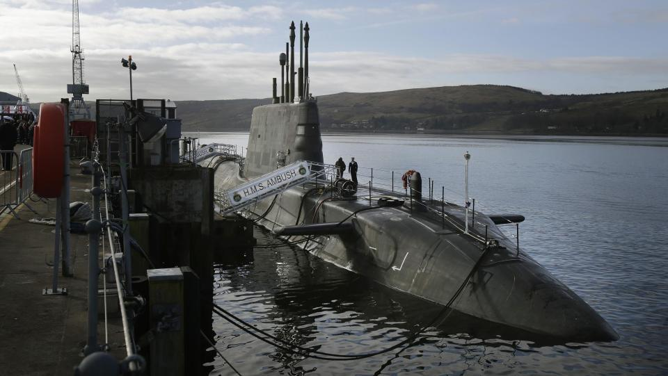 база подводных лодок в англии