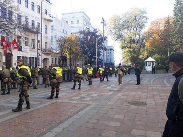 ВКиеве задержали направлявшегося свинтовкой намитинг мужчину