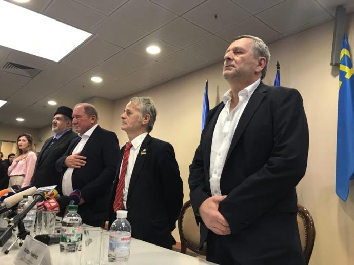 Тягнибок объявил онамерении Турции сделать вКрыму отдельное государство