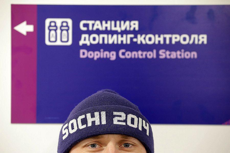 Информатор ВАДА В Сочи Россия благодаря допингу получила пять золотых медалей
