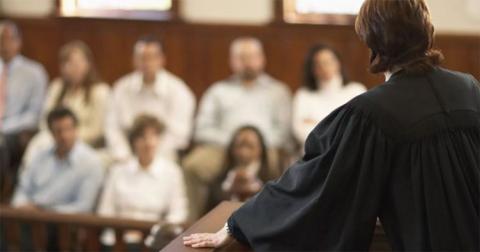 Для присяжных введут ответственность за неявку и ложь