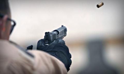 В законе запишут, когда в конвоируемых лиц можно стрелять