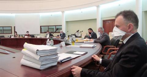 К делу об отмене предписания НАПК суд привлёк ВКДКА