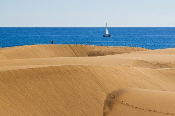 Рай на земле. Удивительные песчаные дюны на Канарских островах (ФОТО)